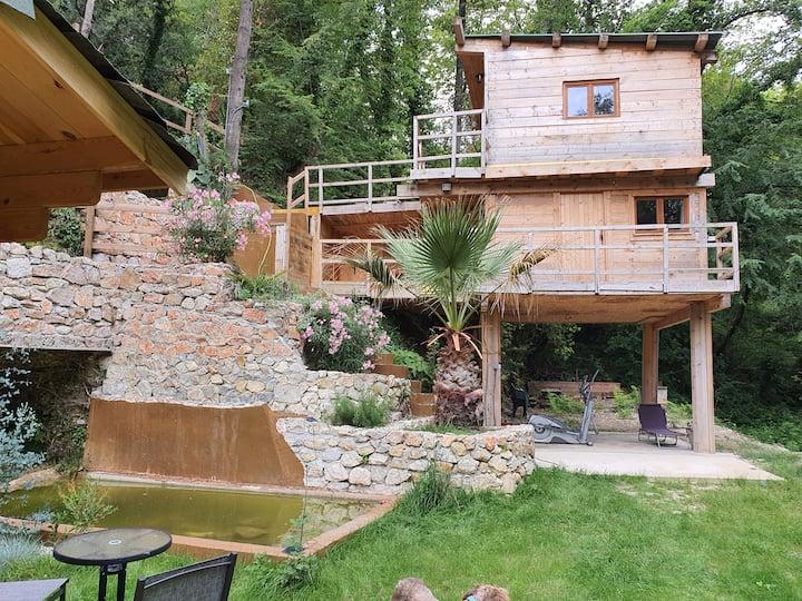 cabane confortable en pleine nature proche de nice