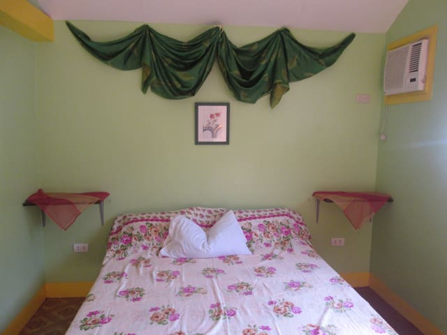 Maria Private House with 2 separate rooms for rent - Maria - Dům