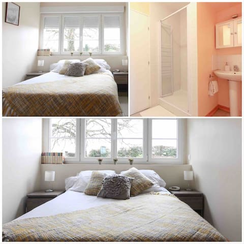 Bedroom 1 sleeps 2 persons in a double bed. With en-suite shower room. This bedroom is on the ground floor.
