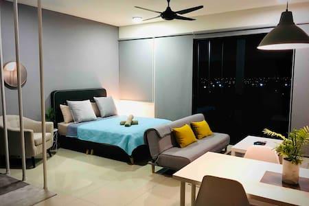 Arch+Studio( POOL VIEW/TV BOX )@Trefoil,Setia Alam