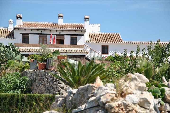 Rural apartment for 2 persons in Andalusian farmhouse with swimming pool