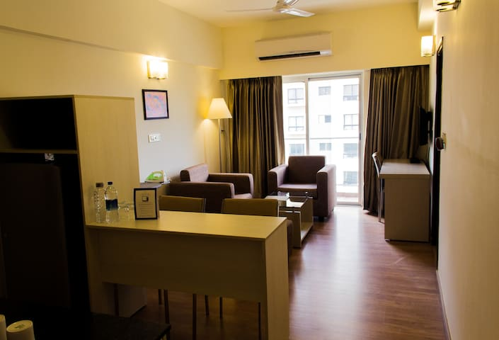Business Class Stay-Starlit Suites Electronic City