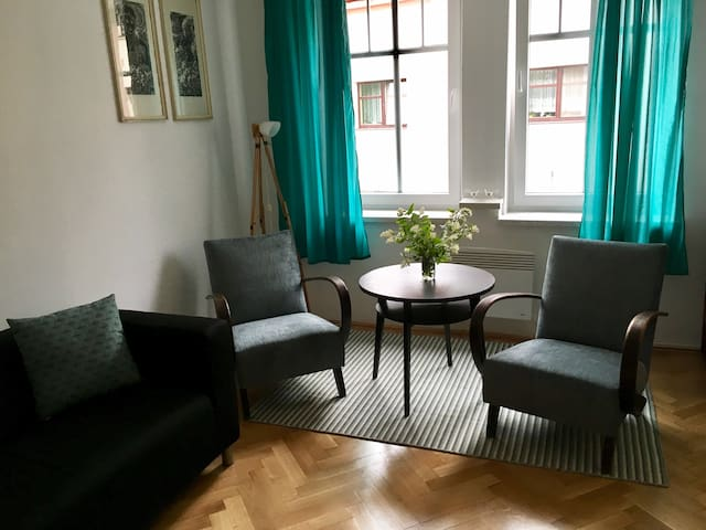 Retro apartmán v Zámecké / Retro Style Apartment