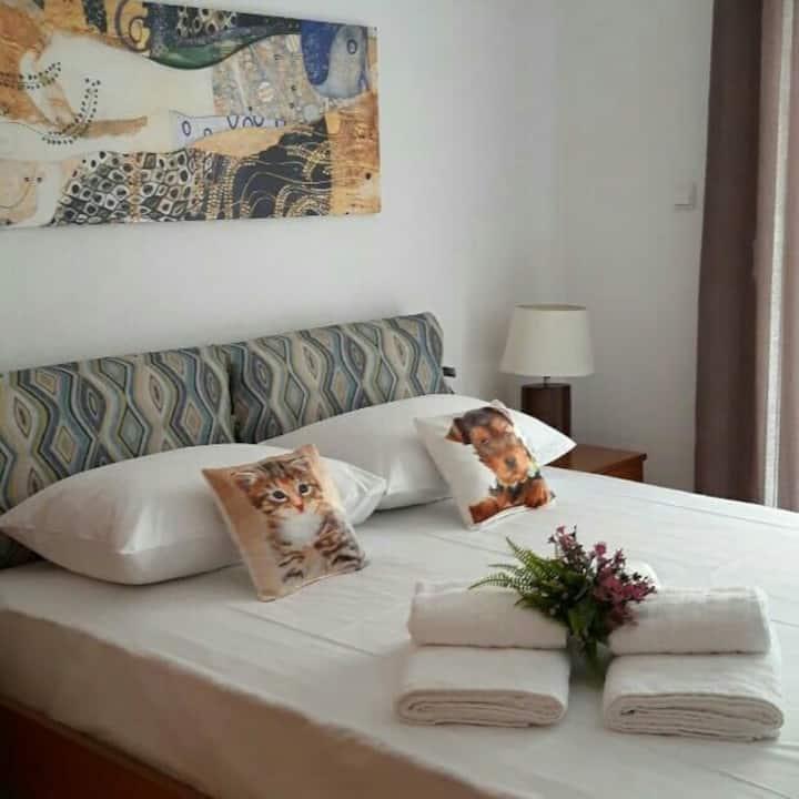 Elenas boutique apartments 70m luxury and cozy