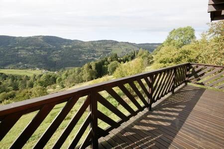 """Chalet """"la vallée"""" à la Bresse"""