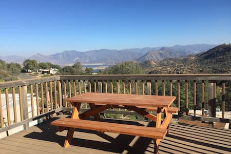 Perfect Mountain Getaway with Panoramic Views!! - Wofford Heights - 獨棟