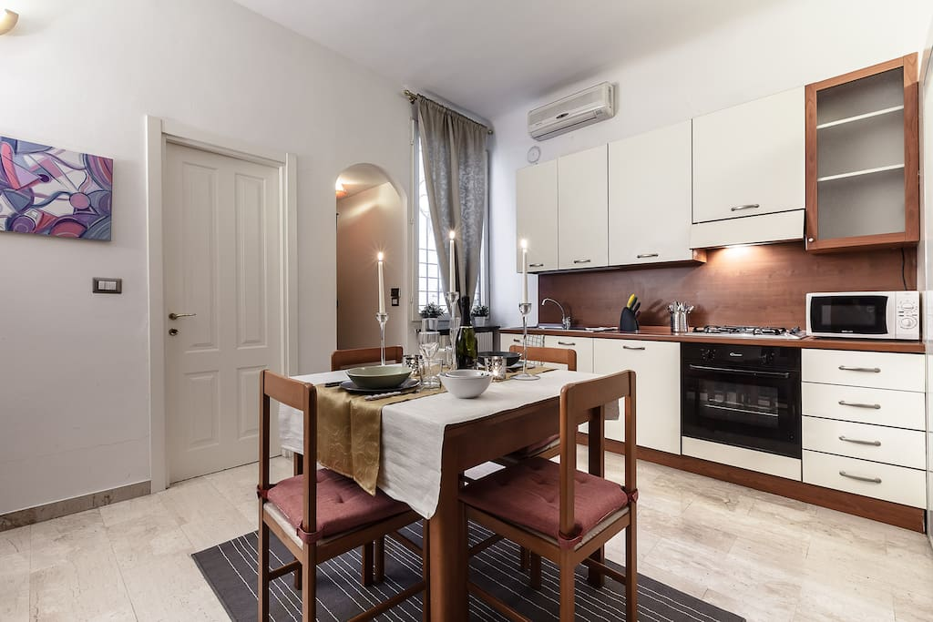 baires central st and shopping wohnungen zur miete in mailand lombardia italien. Black Bedroom Furniture Sets. Home Design Ideas
