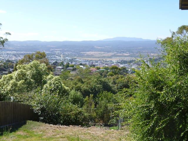 'RULI' 2 bedroom fully furnished comfort flat - West Launceston - Apartamento