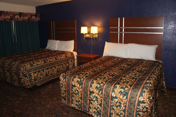 Coratel Inn & Suites Waite Park - Comfort 2 Queen Bed Non-Smoking