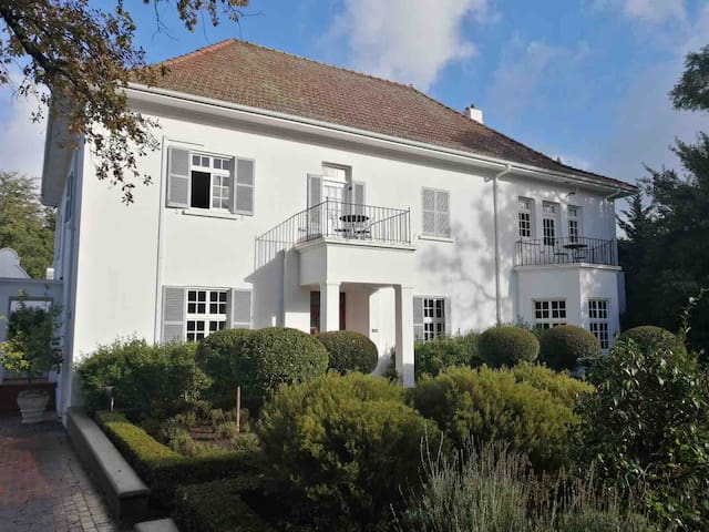 Beauclair Manor House