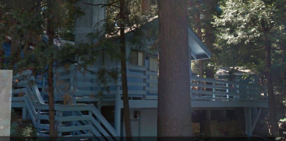 Crestline Family Cabin - Crestline - Cottage