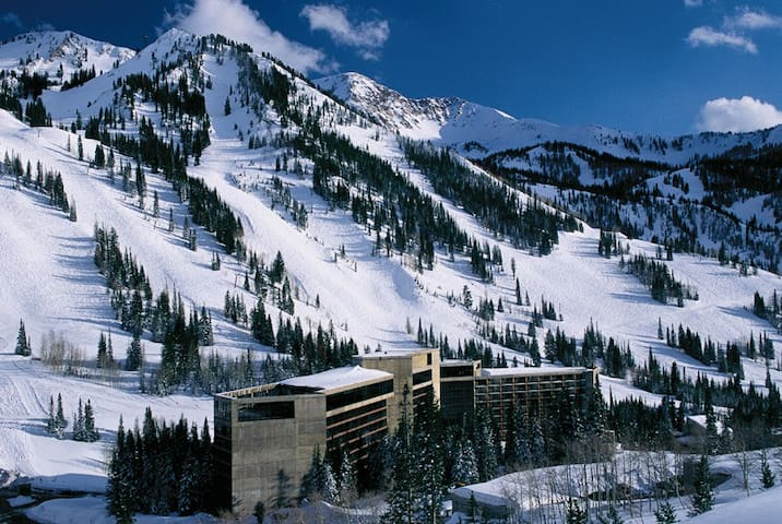 The Cliff Club at Snowbird, Platinum Plus Pinnacle