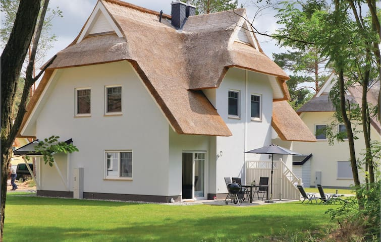 Semi-Detached with 2 bedrooms on 63m² in Zirchow/Usedom