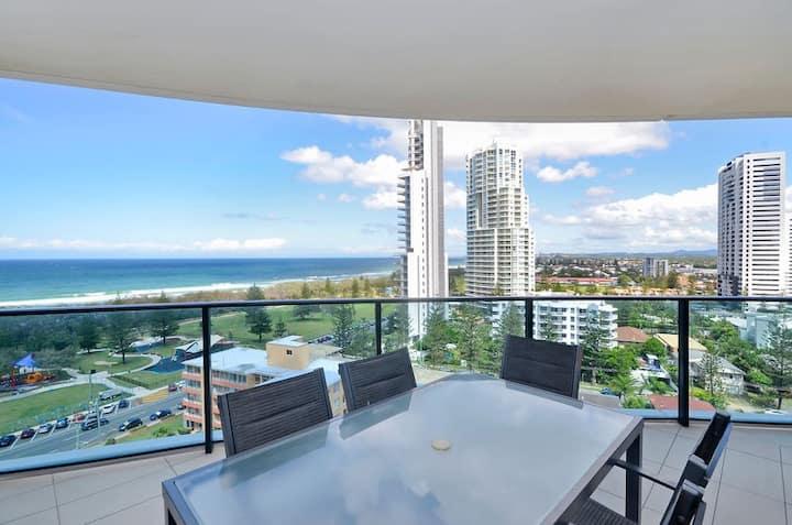 Oracle Resort 2BDR Apt - Ocean Views