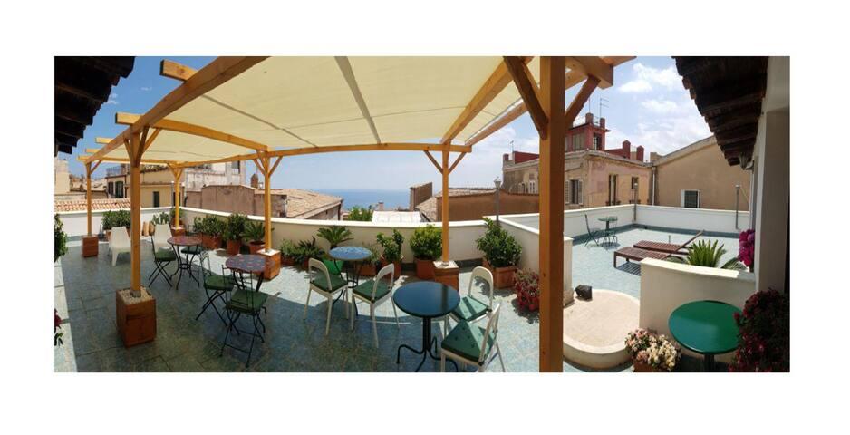 Piccolo appartamento nel Cuore di Taormina