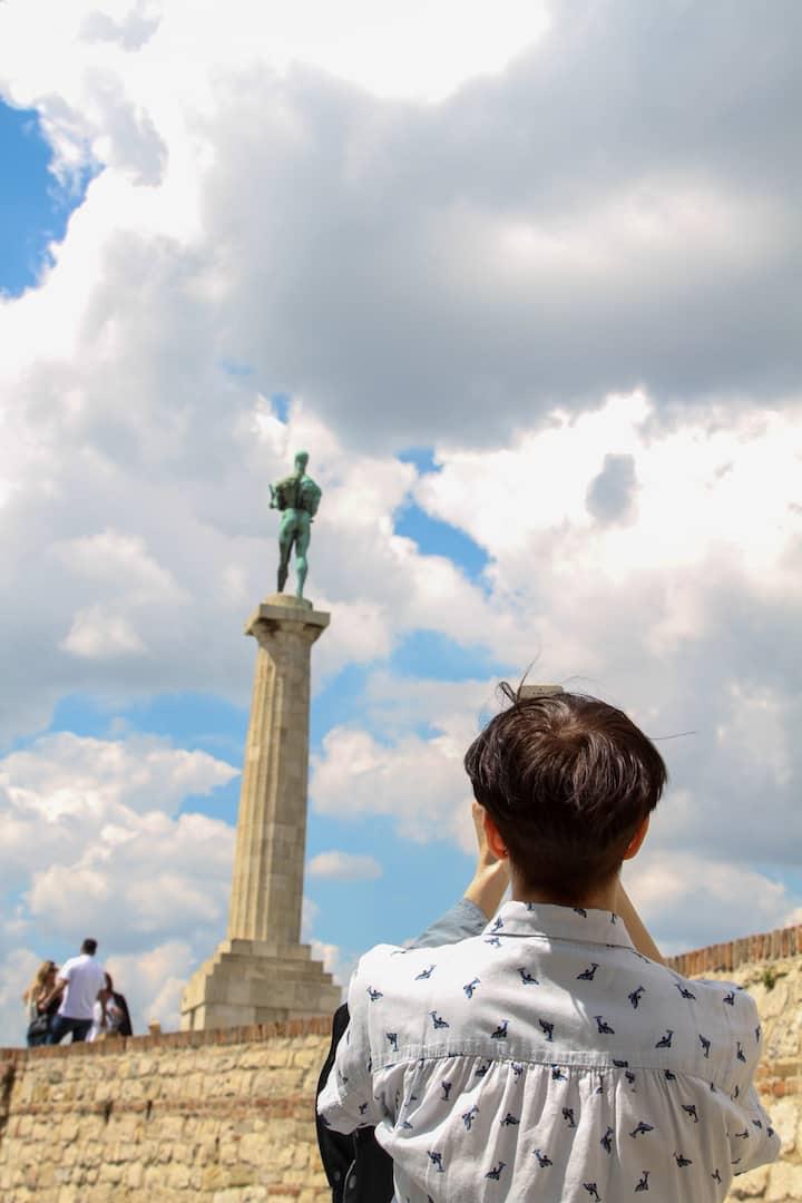 Pobednik Statue
