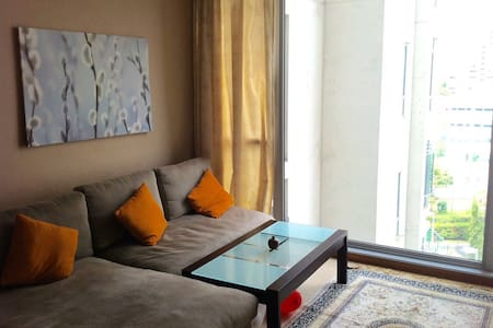 Airbnb jurong west singapore vacation rentals villas Master bedroom for rent in jurong west