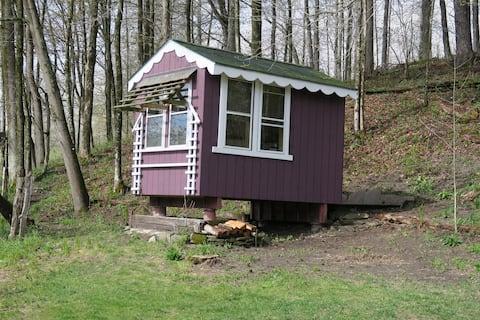 Fiddlehead North Cabin @ The Mettawee Retreat