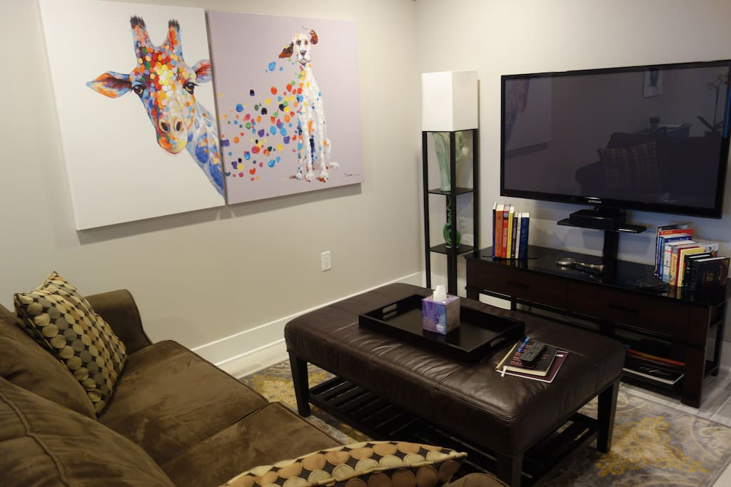 Living Room with Cable TV ( includes HBO & Showtime)