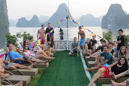 Halong Party Cruise 2D 1N Double