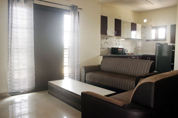BRIGHT 1BHK-HOSUR MAIN/ E CITY/Salarpuria Infozone
