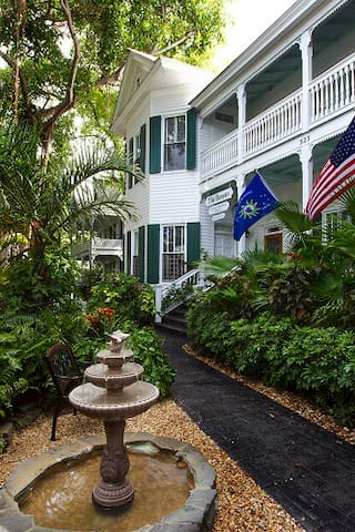 1BR Condo Banyan Tree, KeyWest #701 - Key West - Byt