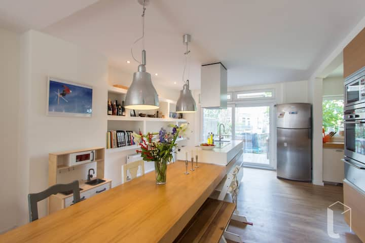 Luxurious 5-room house available in Rotterdam