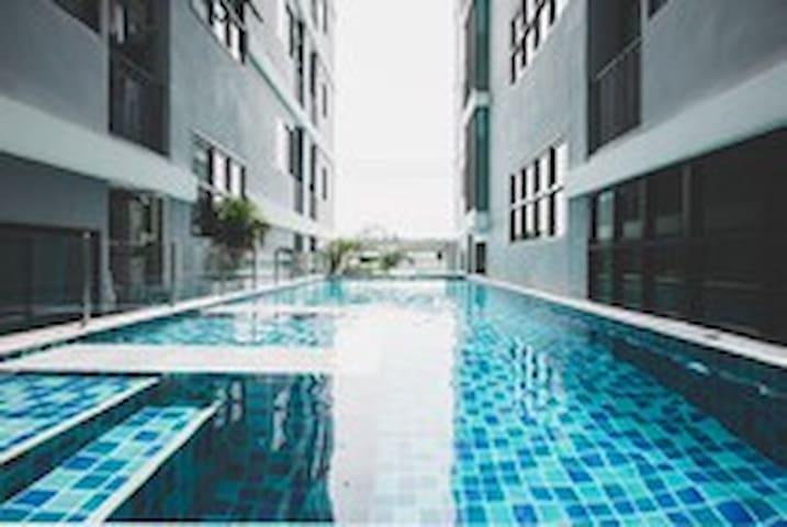 Condo Near BTS Barering,Free wifi - Tambon Sam Rong Klang - Kondominium