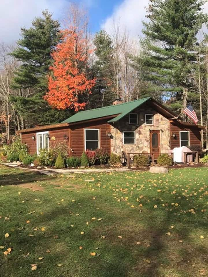 Woodstone Cottage an Adirondack Experience