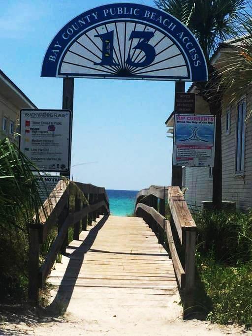 Beach access to the sugar-white sandy beach!