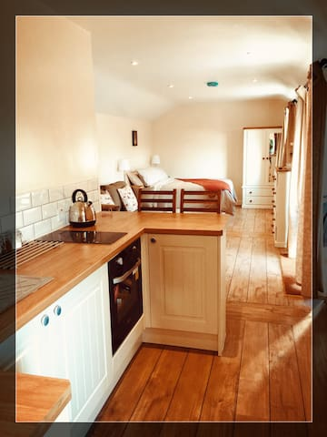 The Pigsty - Idyllic, self-contained lodge