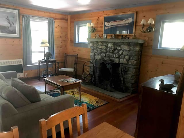 Lake Pillsbury/Hull Mt.CabinStudio w/Kitchenette