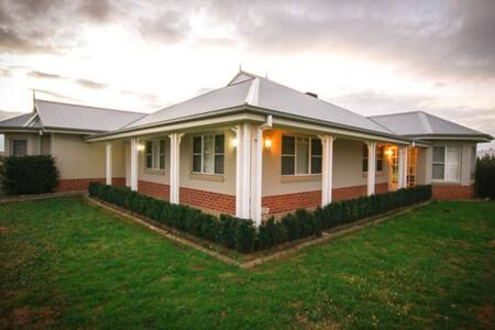 Kurrajong Lodge: June special!