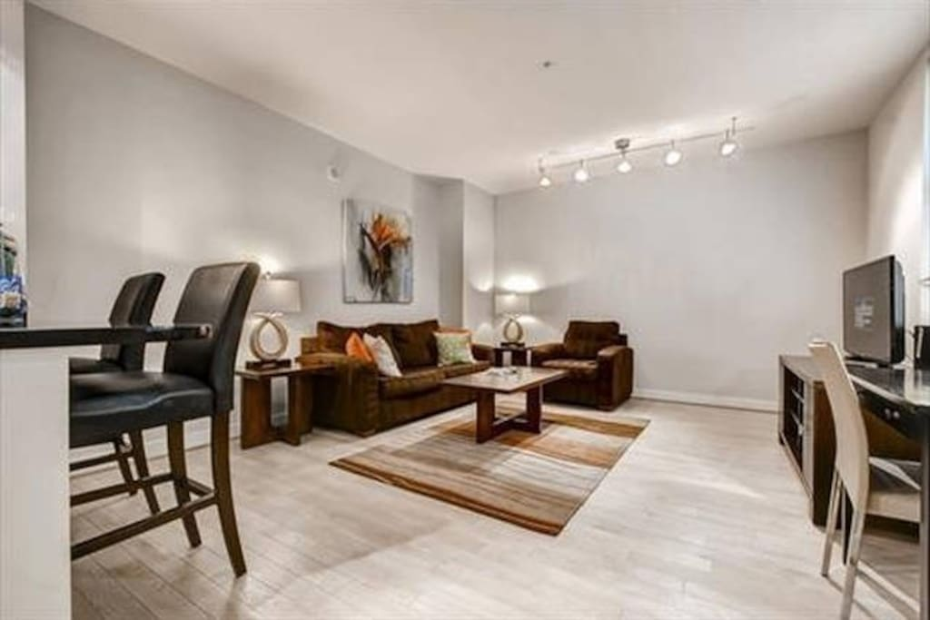 lux 1 bedroom near white house w wifi apartments for rent in