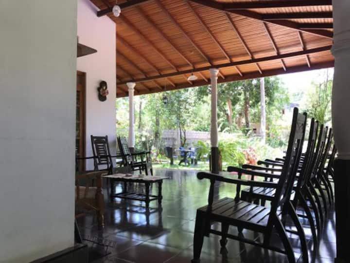 Dil Lanka Safari Resort