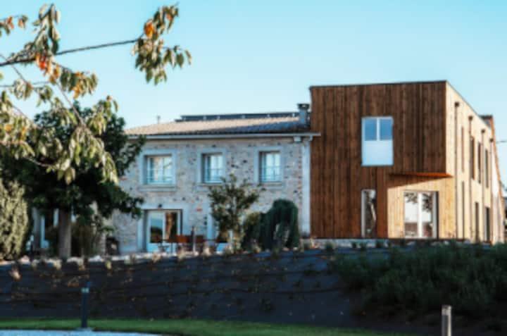 Maison avec vue sur les Pyrénées