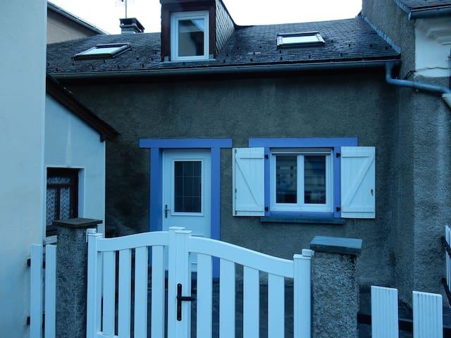 Agréable maison de village - Betpouey - Отпускное жилье