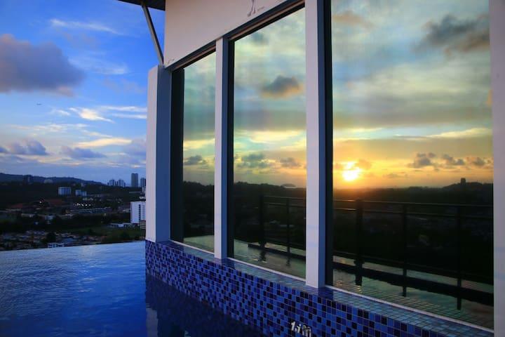 KK 饱览海景和山景的无边泳池公寓 - Kota Kinabalu - Apartamento