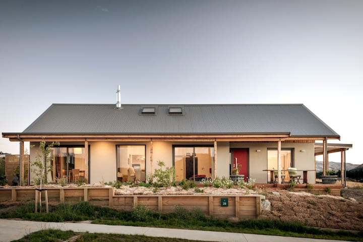 Hemp Studio - On The Heights- Comfort and Privacy