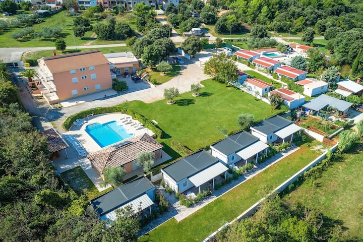 Villa Rok / A9-PUL232
