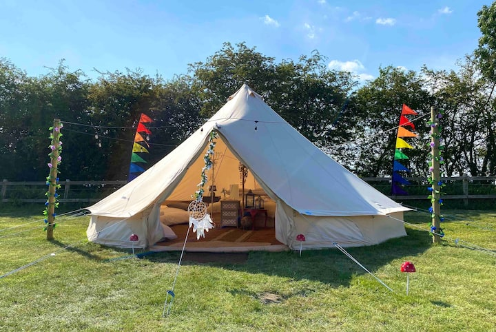 Luna Glamping at Easton Farm Park