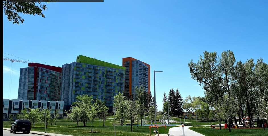 2 Bedroom Cowtown Condo - Simple and Functional