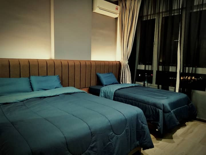 Octagon Family Suite#2 | Ipoh Town Center (5-8pax)