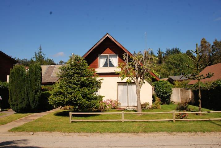 Linda casa en balneario Pingueral - Dichato Pingueral - Casa