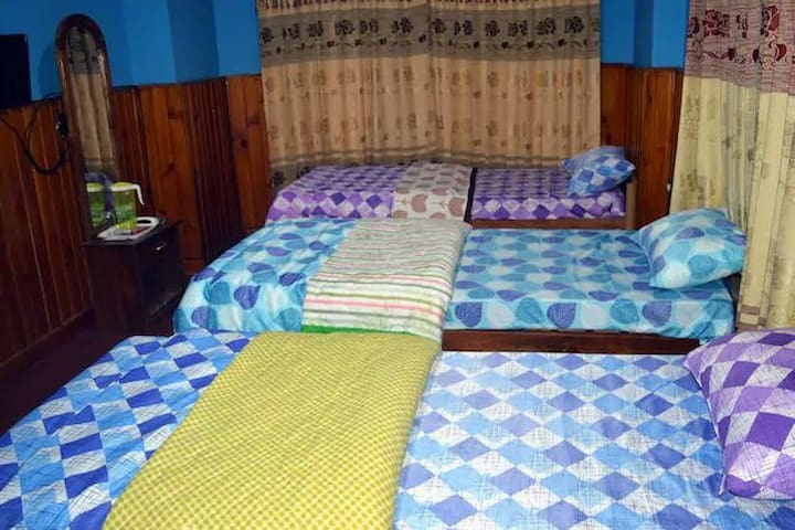 River Side Duplex Guest House,  Tripple bed