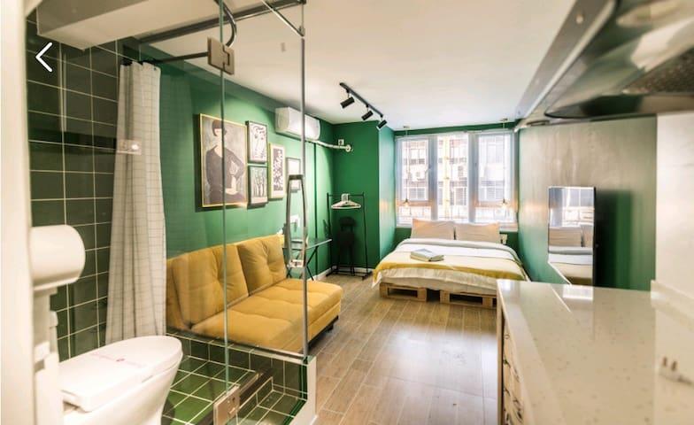 【已消毒】Ting+绿 好吃街西站1号线洪崖洞精致大床房