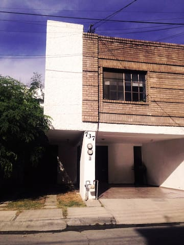 Recámara en Valle con excelente ubicación - San Pedro Garza García - Haus