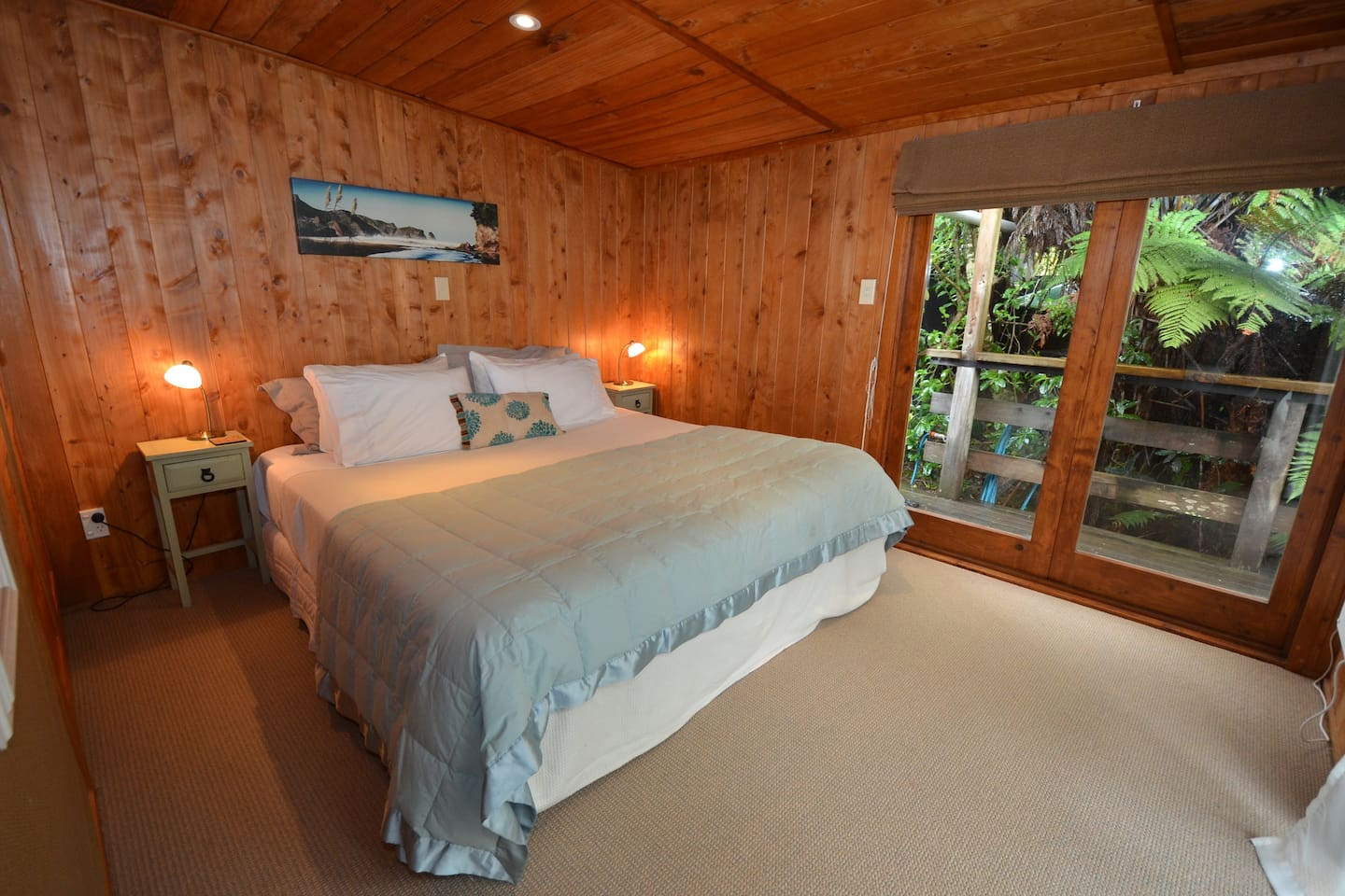 2 x large double or twin single bedrooms