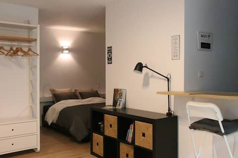 """Leuven by bike"" cosy centrally located studio."