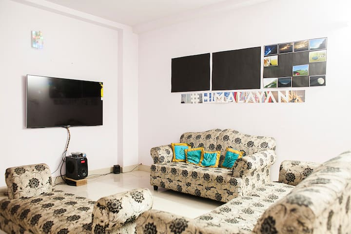 Room in Cozy Delhi Apartment - New Delhi - Apartment